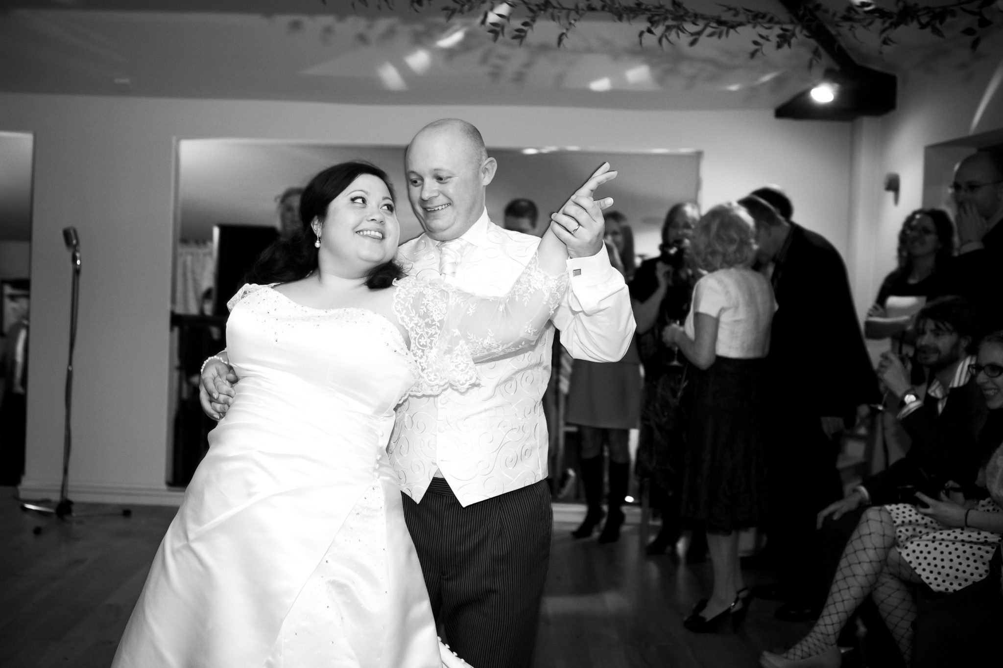 First dance photography at wedding at Oaks Farm, Croydon.
